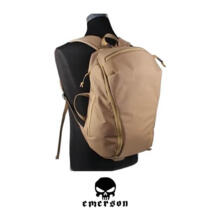 EMERSON LIGHTWEIGHT 1-DAY HIKING BACKPACK 18 LT COYOTE